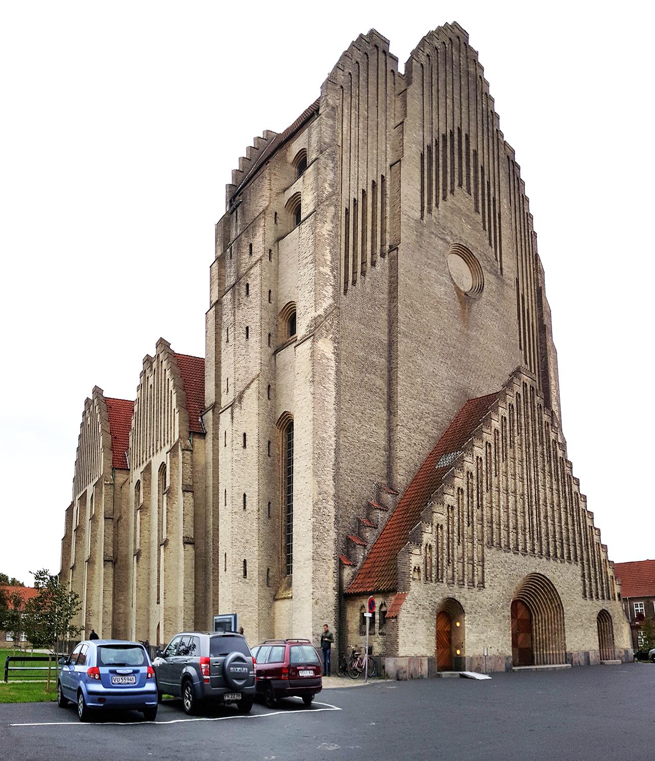Grundtvigskirche Aussen