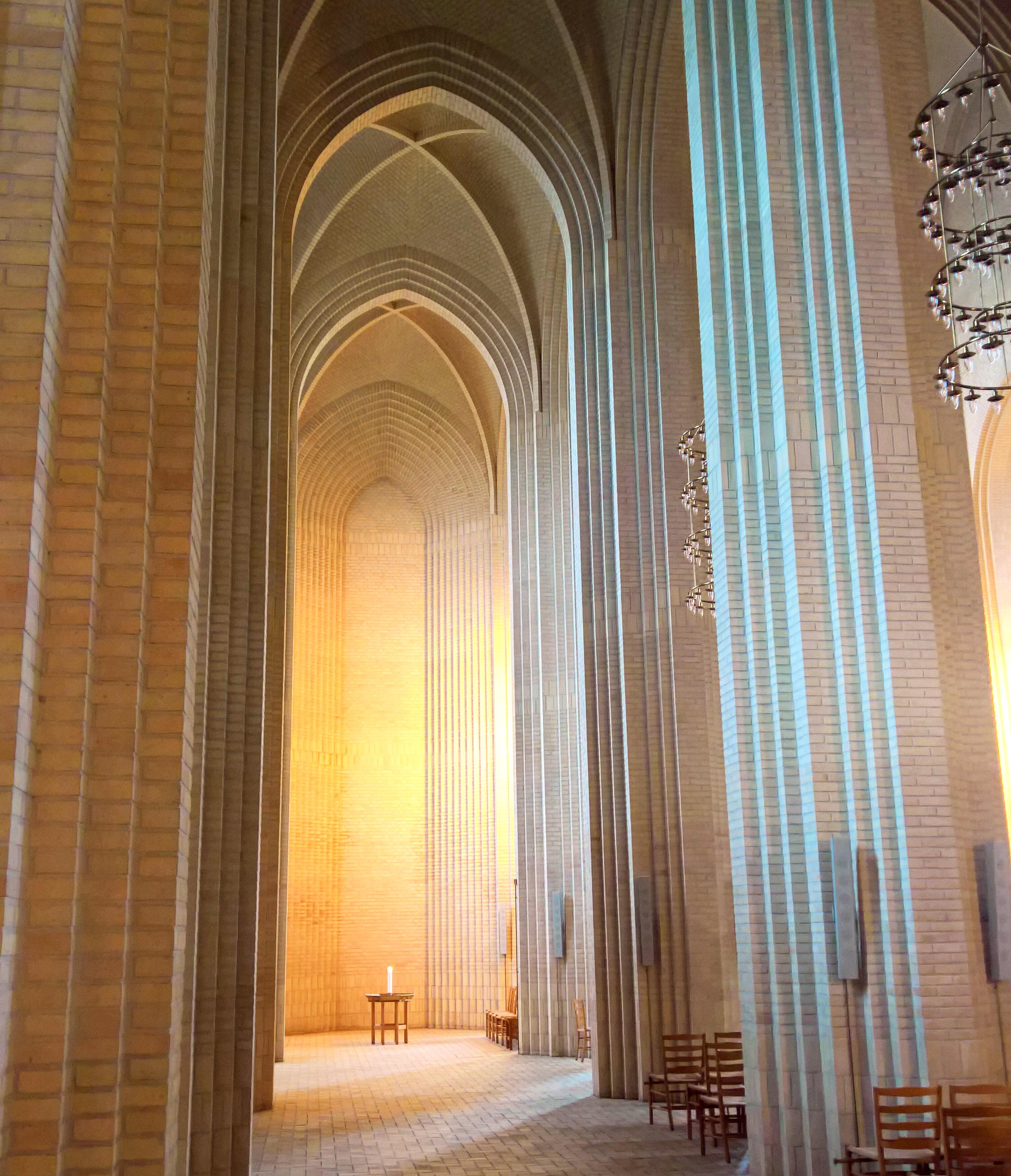 Grundtvigskirche Innen