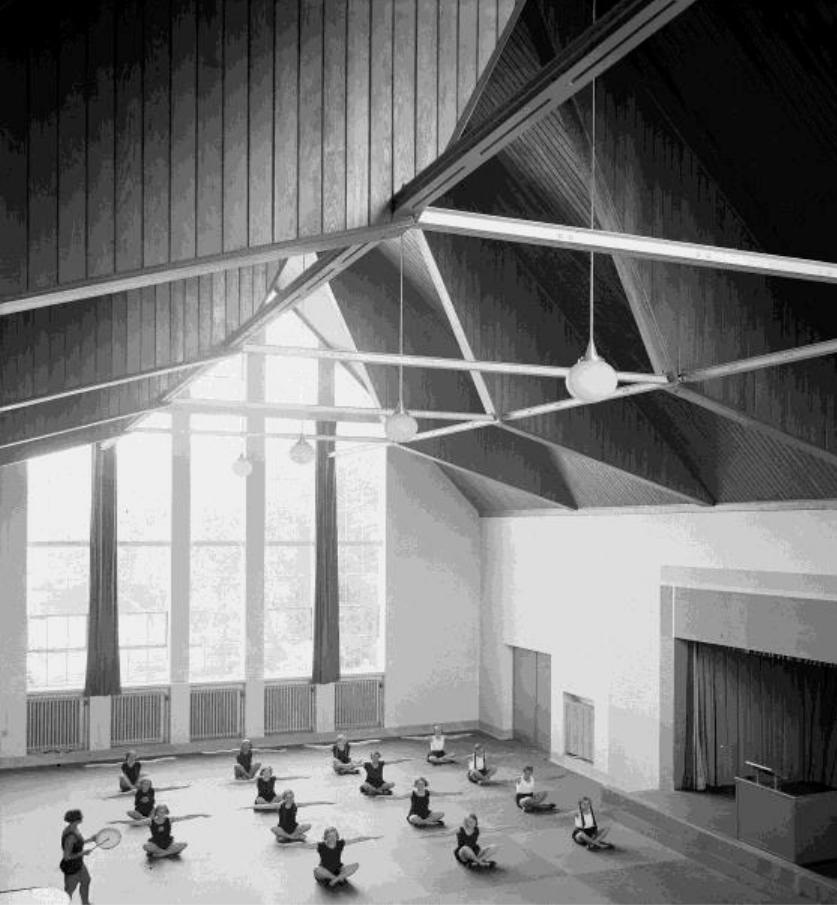 Sporthalle Haus E_historisch