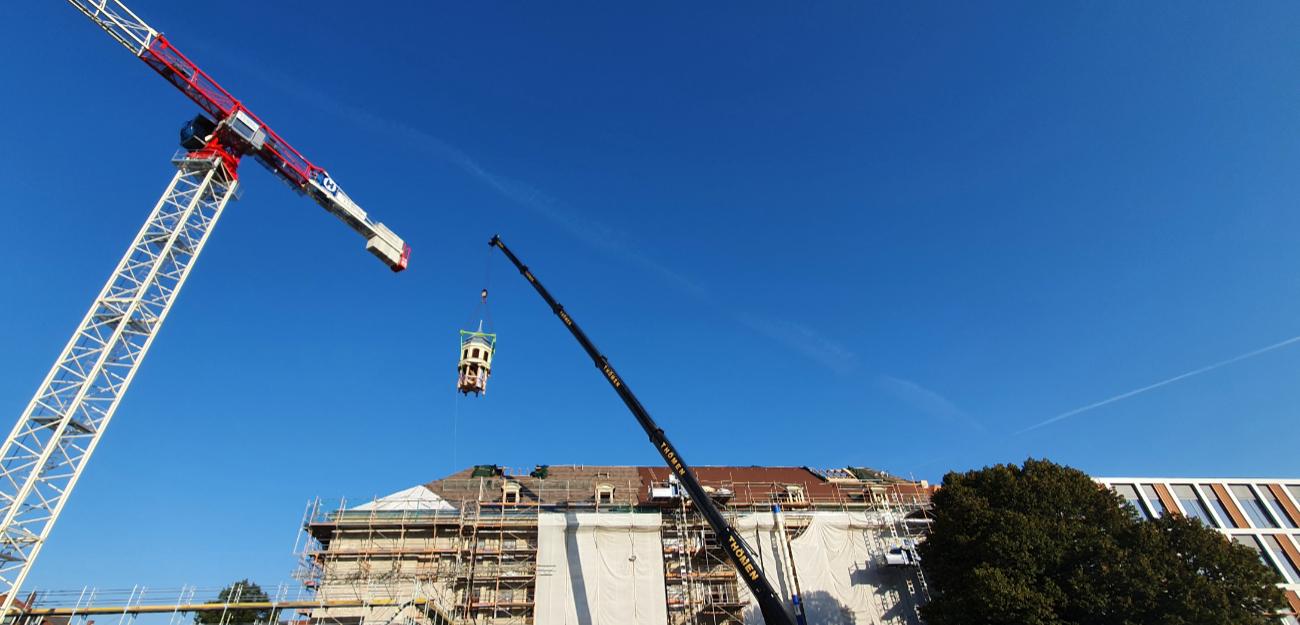 Turmdachreiter wird eingesetzt
